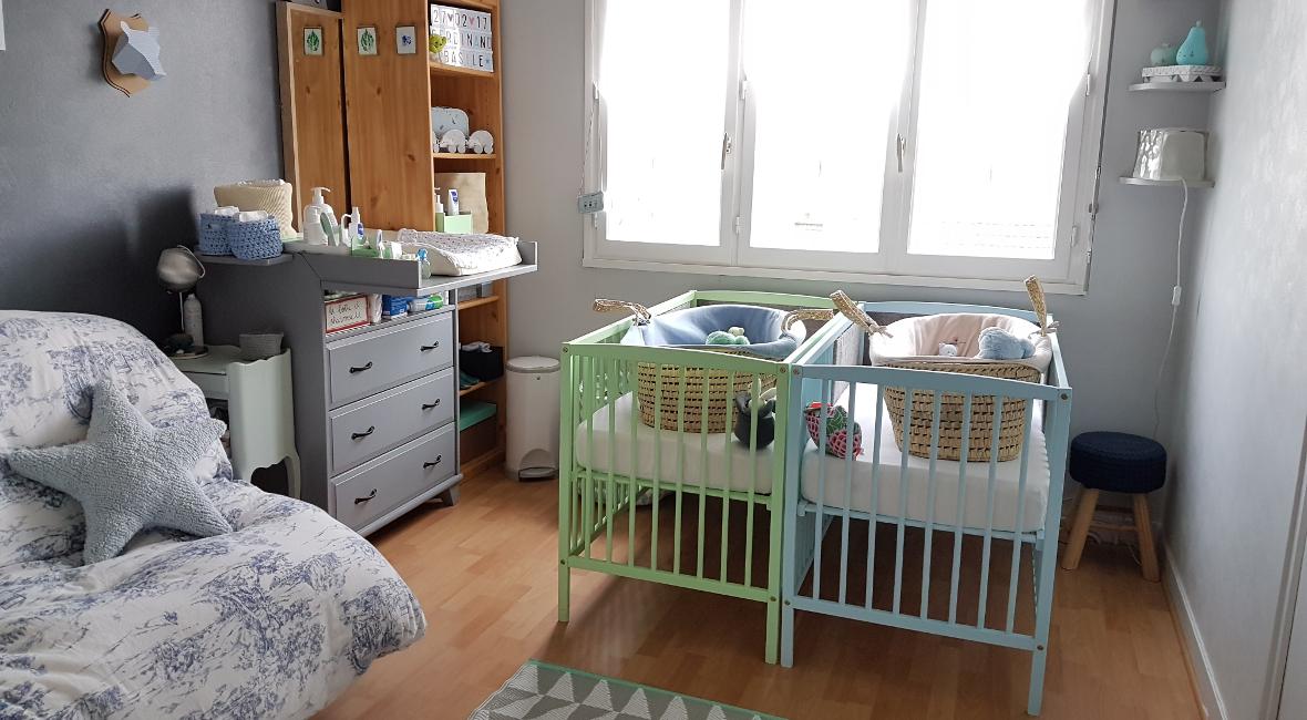 La première chambre des jumeaux – Famille en chantier